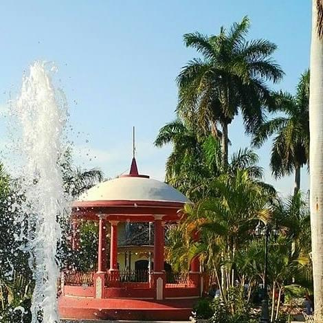 Parque Central de Santa Bárbara. Foto: R. Peña.