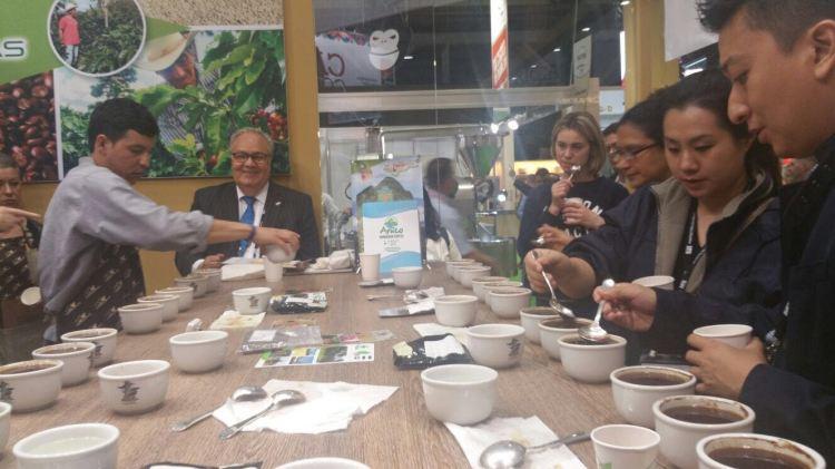 Catación de cafés de Honduras en la Feria Mundial en Dublín, Irlanda