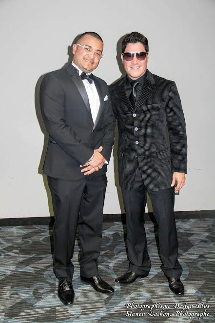El hondureño Danilo Leiva junto al cantante puertorriqueño Frankie Negrón, invitado especial en los Premios Latinos de Canadá 2016.
