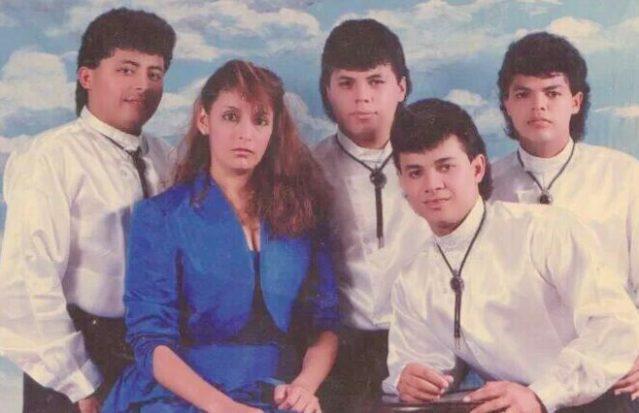 """Tato"" Talavera -izquierda- cuando perteneció a la Gran Banda de Honduras."