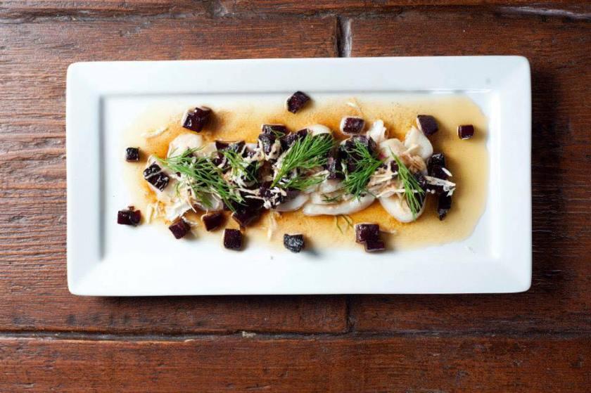 uno de los platillos suecos que prepara el hondureño en el restaurante londinense