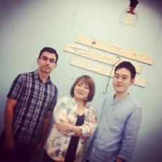 Cristian junto a Yasutomo Takano y Nobuko Miyairi