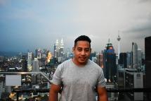 Carlos vive en Taiwán desde el 2016